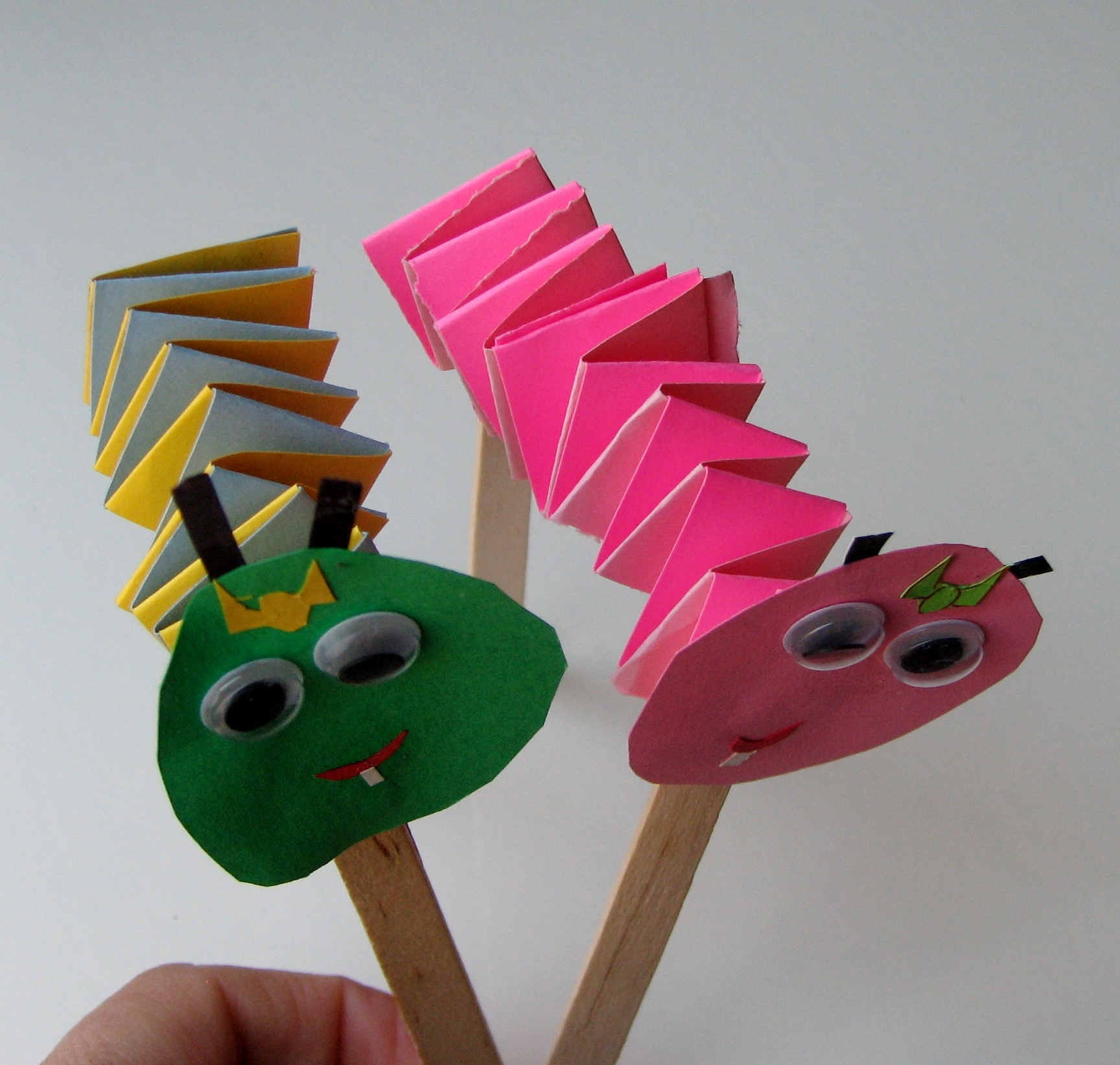 how to make paddle puppet